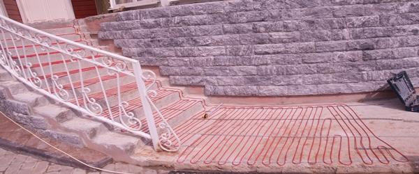 Обогрев площадки и ступеней кабелем Devi в частном доме