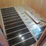 установка инфракрасной пленки под ламинат в доме
